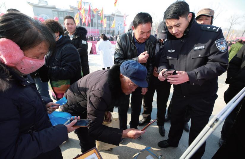 海东市公安局禁毒支队深入开展禁毒宣传下基层活动