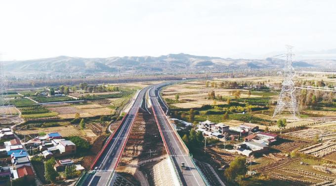西互一级公路朱家庄村至互助东段建成